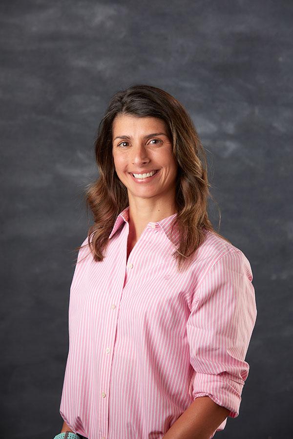 Dr Beatriz Ogilvie from Emergency Vet Team smiling for camera