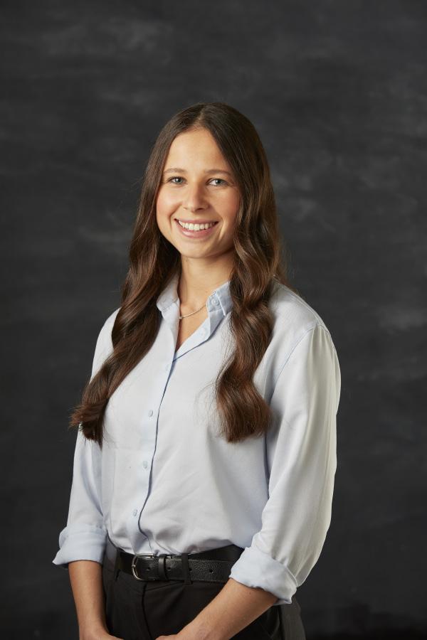 Portrait image of Dr Debbie Karpel from Hospital Vet Team